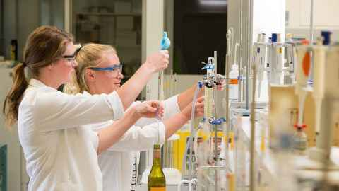 European wine scientists to share expertise and knowledge with Australian Wine Research Institute