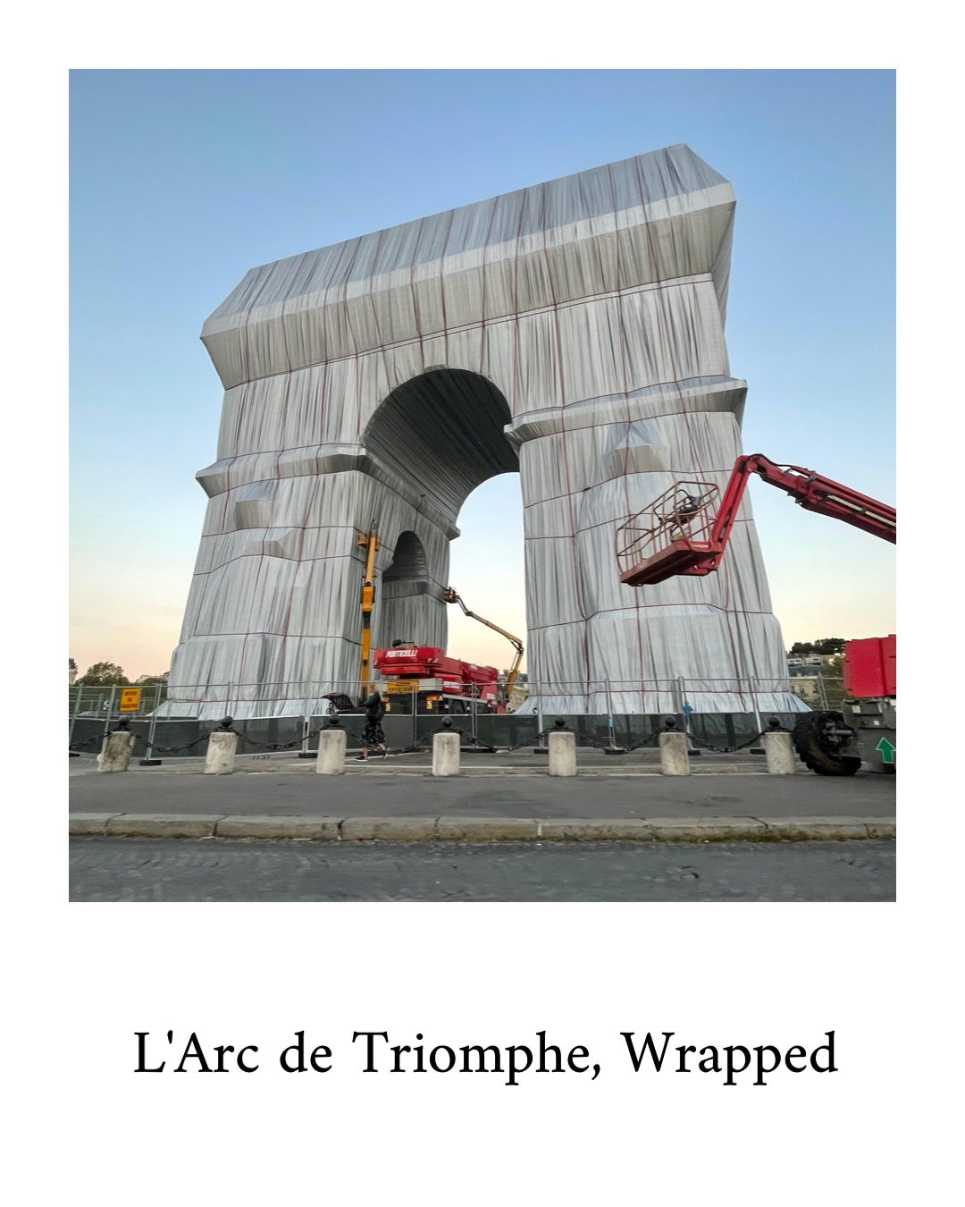 """""""L'Arc de Triomphe, Wrapped"""" 60 years in the making is now concretized"""